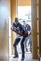 THE CALL, from left: Morris Chestnut, David Otunga, 2013. ph: Greg Gayne/©TriStar Pictures