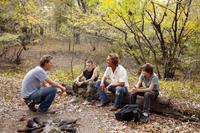 MUD, from left: director Jeff Nichols, Jacob Lofland, Matthew McConaughey, Tye Sheridan, on set, 2012. ph: Jim Bridges/©Roadside Attractions