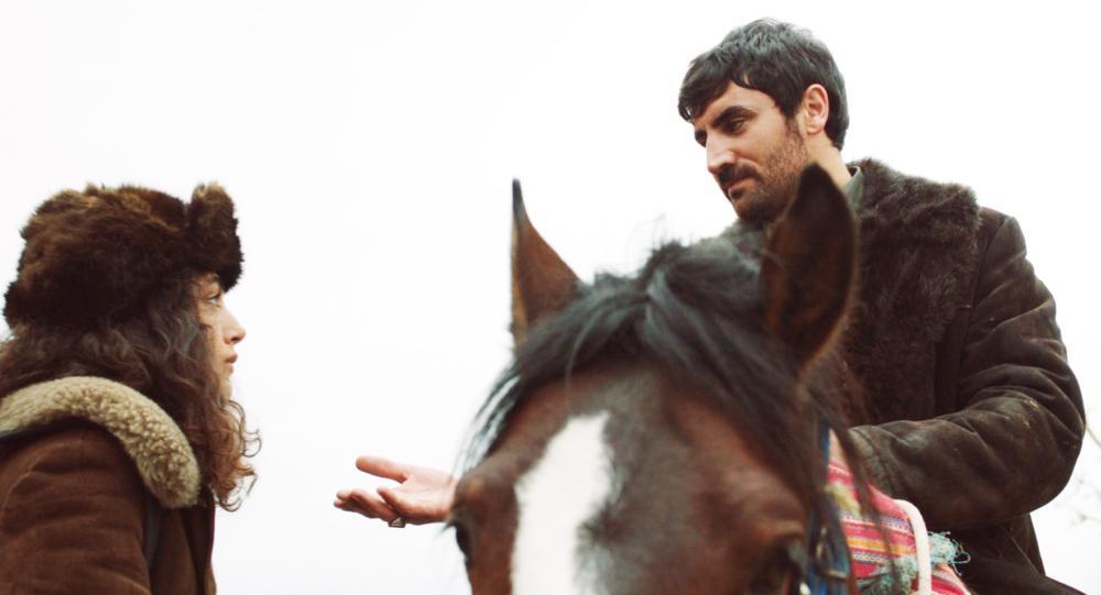 MY SWEET PEPPERLAND, Golshifteh Farahani (left), 2013. ©Memento Films Distribution
