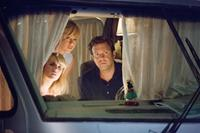 WE'RE THE MILLERS, from left: Emma Roberts, Jennifer Aniston, Jason Sudeikis, 2013. ph: Michael Tackett/©Warner Bros. Pictures