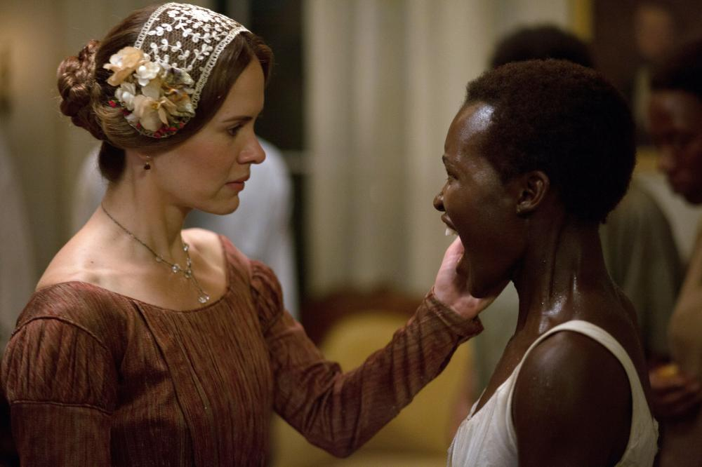 12 YEARS A SLAVE, from left: Sarah Paulson, Lupita Nyong'o, 2013. ph: Francois Duhamel/TM and copyright ©Fox Searchlight Pictures. All rights reserved.