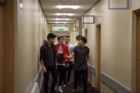 THIS IS US, (aka ONE DIRECTION: THIS IS US), from left: Zayn Malik, Niall Horan, Liam Payne, Louis Tomlinson, Harry Styles (front), 2013. ph: Calvin Aurand/©Sony Pictures Releasing