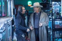 R.I.P.D., from left: director Robert Schwentke, Jeff Bridges, on set, 2013. ph: Jamie Trueblood/©Universal