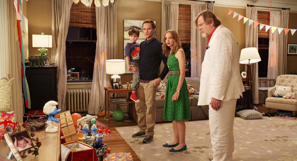 THE SMURFS 2, group at right, from left: Jacob Tremblay, Neil Patrick Harris, Jayma Mays, Brendan Gleeson, 2013. ©Columbia Pictures