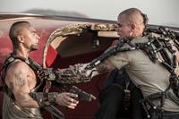 ELYSIUM, from left: Jose Pablo Camtillo, Matt Damon, 2013. ph: Stephanie Blomkamp/©Sony Pictures