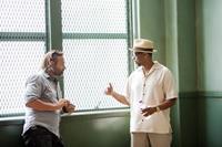 2 GUNS, (aka TWO GUNS), from left: director Baltasar Kormakur, Denzel Washington, on set, 2013. ph: Patti Perret/©Universal Pictures