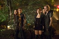 THE MORTAL INSTRUMENTS: CITY OF BONES, from left: Jemima West, Robert Sheehan, Lily Collins, Kevin Zegers, Jamie Campbell Bower, 2013. ph: Rafy/©Screen Gems