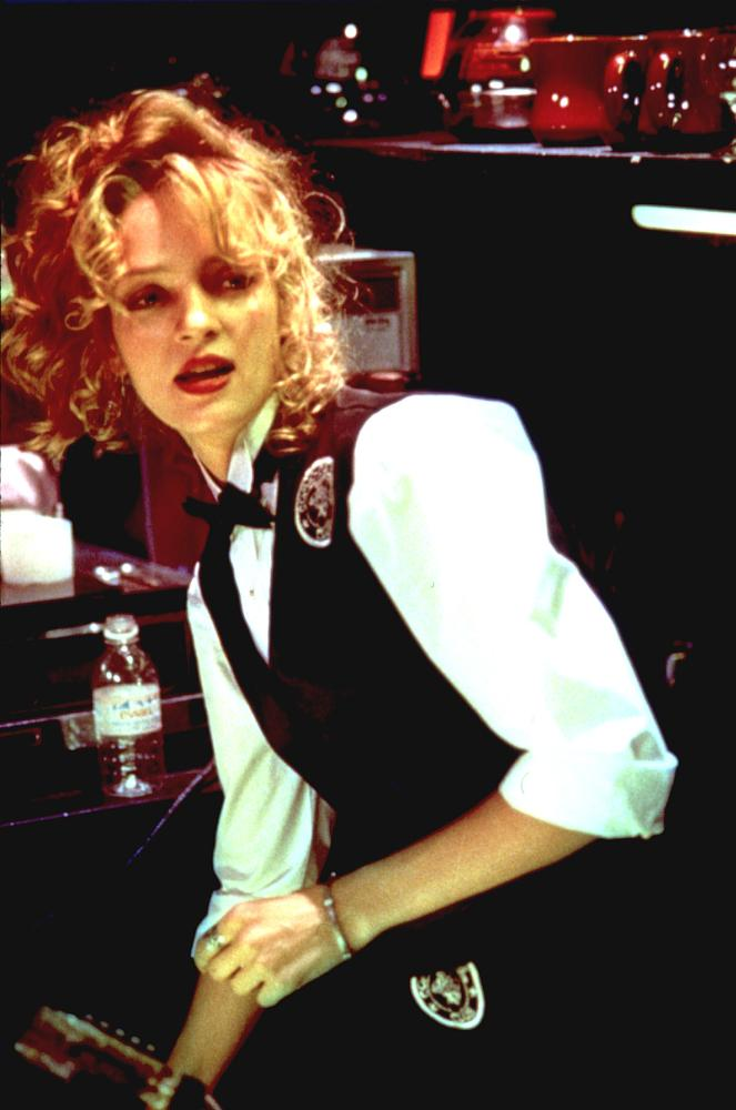 MAD DOG AND GLORY, Uma Thurman, 1993, waitress