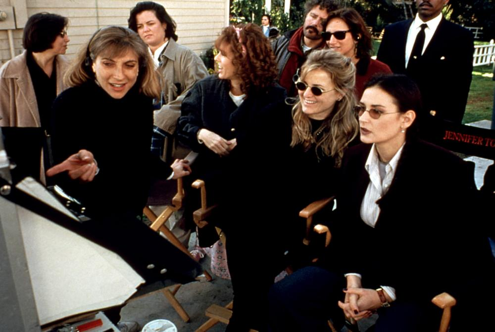 NOW AND THEN, Lesli Linka Glatter, Rosie O'Donnell, Rita Wilson, Suzanne Todd, Demi Moore, 1995, on-set