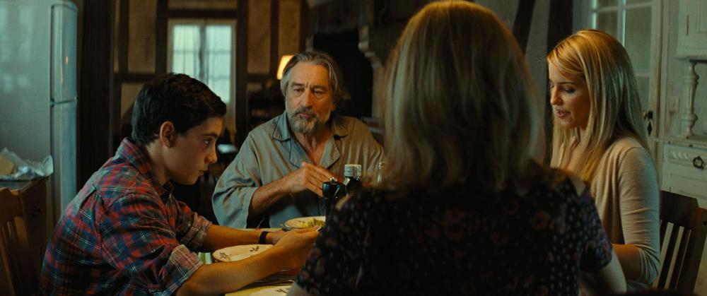 THE FAMILY, clockwise from left: John D'Leo, Robert DeNiro, Dianna Agron, Michelle Pfeiffer, 2013, ©Relativity Media
