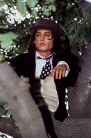 BENNY & JOON, Johnny Depp, 1993, tree
