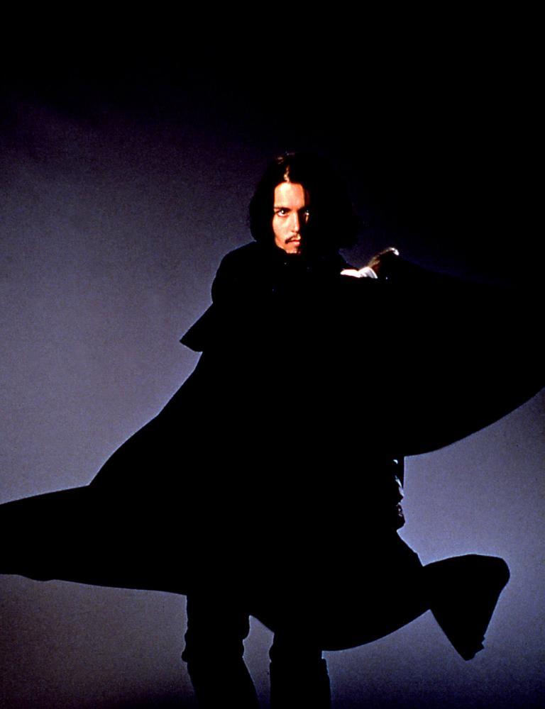 DON JUAN DEMARCO, Johnny Depp, 1995, cape