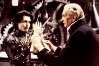 EDWARD SCISSORHANDS, Johnny Depp, Vincent Price, 1990, hands, TM and Copyright © 20th Century Fox Film Corp. All rights reserved..