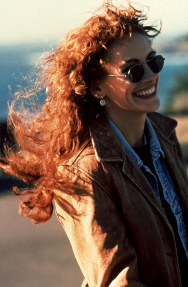 DYING YOUNG, Julia Roberts, 1991, sunglasses