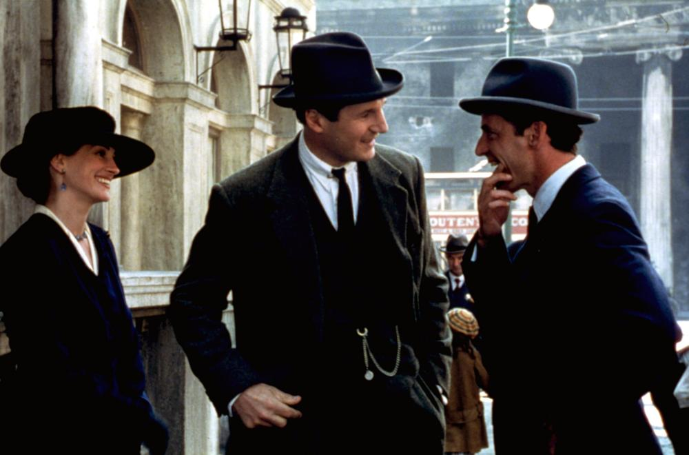 MICHAEL COLLINS, Julia Roberts, Liam Neeson, Aiden Quinn, 1996