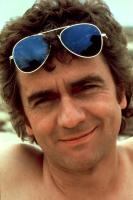 10, Dudley Moore, 1979, sunglasses
