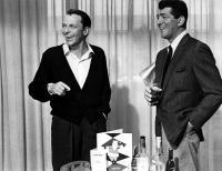 OCEAN'S ELEVEN, Frank Sinatra, Dean Martin, 1960, hotel room