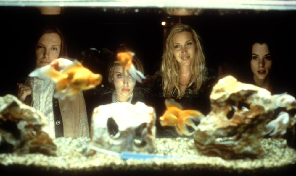 CLOCKWATCHERS, Toni Collette, Alanna Ubach, Lisa Kudrow, Parker Posey, 1998, aquarium