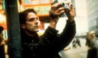 CHINESE BOX, Jeremy Irons, 1997, camera