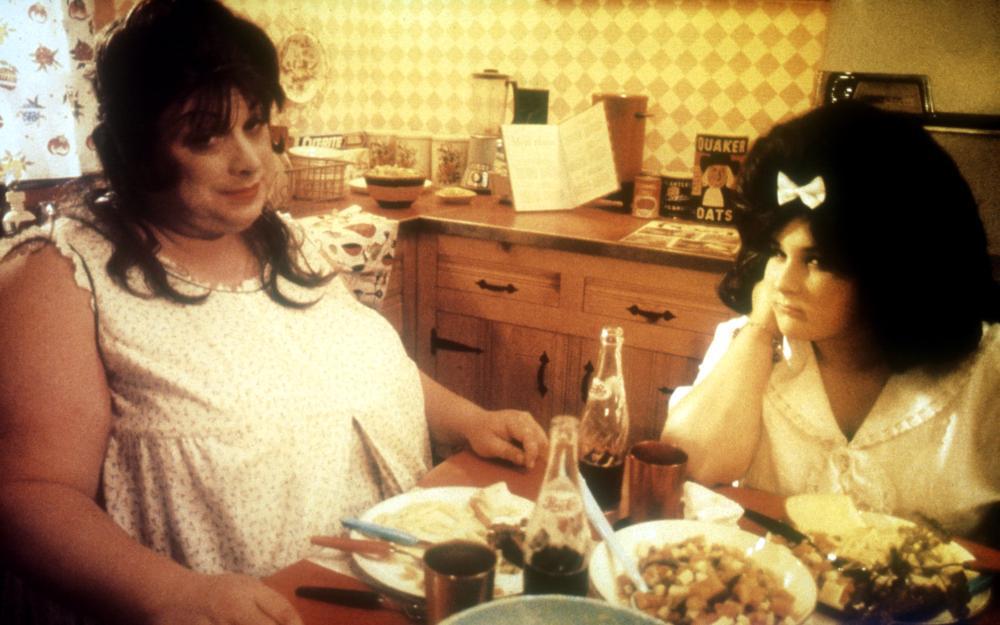 HAIRSPRAY, Divine, Ricki Lake, 1988, food