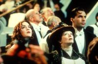 TITANIC, Kate Winslet, Frances Fisher, Billy Zane, 1997, looking.  TM and Copyright (c) 20th Century Fox Film Corp. All rights reserved..