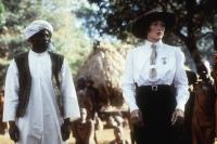 OUT OF AFRICA, Malick Bowens, Meryl Streep, 1985. (c) MCA/Universal: .