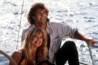 BIRD ON A WIRE, Goldie Hawn, Mel Gibson, 1990, sailing on boat