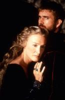 HAMLET, Glenn Close, Mel Gibson, 1990