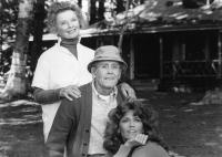 ON GOLDEN POND, Katharine Hepburn, Henry Fonda, Jane Fonda, 1981