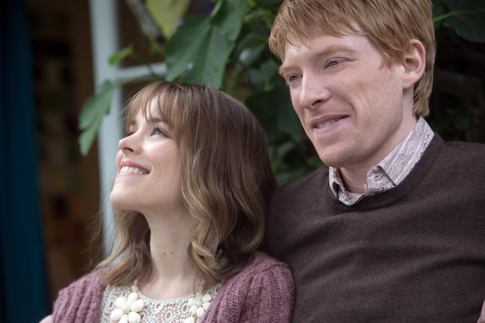 ABOUT TIME, l-r: Rachel McAdams, Domhnall Gleeson, 2013, ph: Murray Close/©Universal