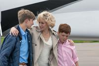 DIANA, from left: Laurence Belcher as Prince William, Naomi Watts as Princess Diana, Harry Holland as Prince Harry, 2013. ph: Laurie Sparham/©Entertainment One