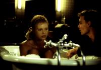 THE ASTRONAUT'S WIFE, Charlize Theron, Johnny Depp, 1999, bathtub