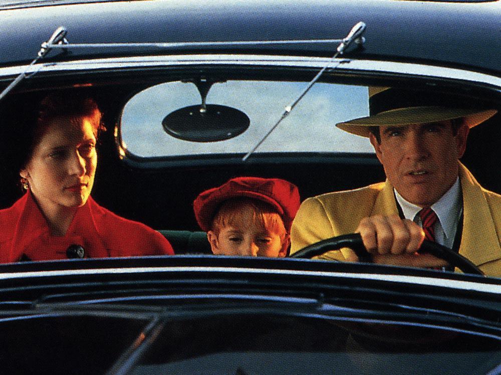 DICK TRACY, Glenne Headly, Charlie Korsmo, Warren Beatty, 1990