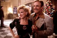 FOR THE BOYS, Bette Midler, James Caan, 1991, in front of Christmas tree