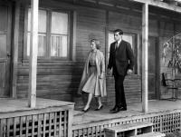 PSYCHO, Vera Miles, John Gavin, 1960, walking to the motel enterance