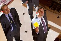 THE WOLF OF WALL STREET, from left: Ted Griffin, Kyle Chandler, 2013. ph: Mary Cybulski/©Paramount Pictures