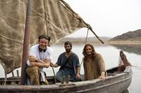 SON OF GOD, from left: producer Mark Burnett, Darwin Shaw, Diogo Morgado, on set, 2014. ph: Joe Alblas/TM & copyright ©20th Century Fox Film Corp. All rights reserved