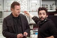 NON-STOP, from left: Liam Neeson, director Jaume Collet-Serra, on set, 2014. ph: Myles Aronowitz/©Universal