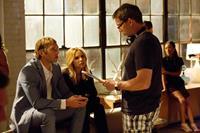 VERONICA MARS, from left: Ryan Hansen, Kristen Bell, director Rob Thomas, on set, 2014. ph: Robert Voets/©Warner Bros. Pictures