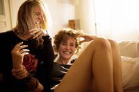 WETLANDS, (aka FEUCHTGEBIETE), from left: Marlen Kruse, Carla Juri, 2013. ©Strand Releasing