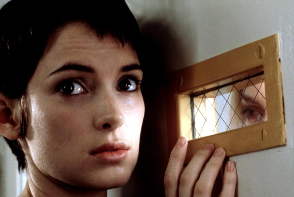 GIRL INTERRUPTED, Winona Ryder, 1999, at the window