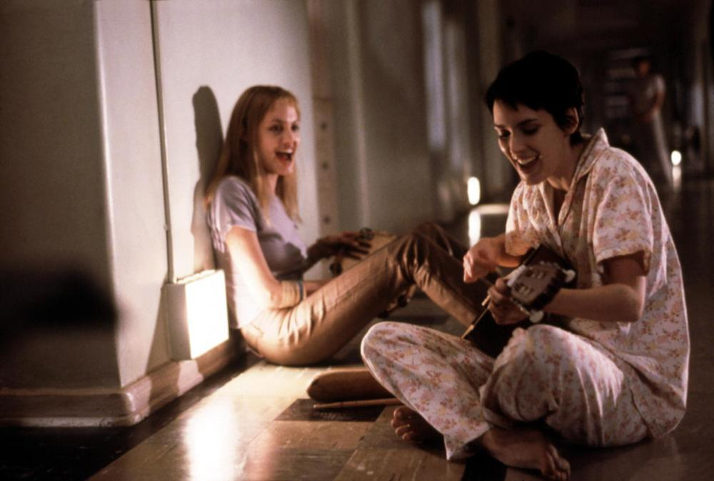 GIRL INTERRUPTED, Angelina Jolie, Winona Ryder, 1999. ©Columbia Pictures