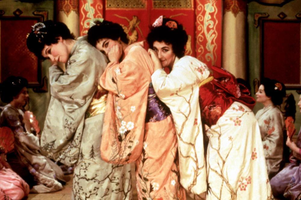 TOPSY-TURVY, Dorothy Atkinson, Shirley Henderson, Cathy Sara, 1999