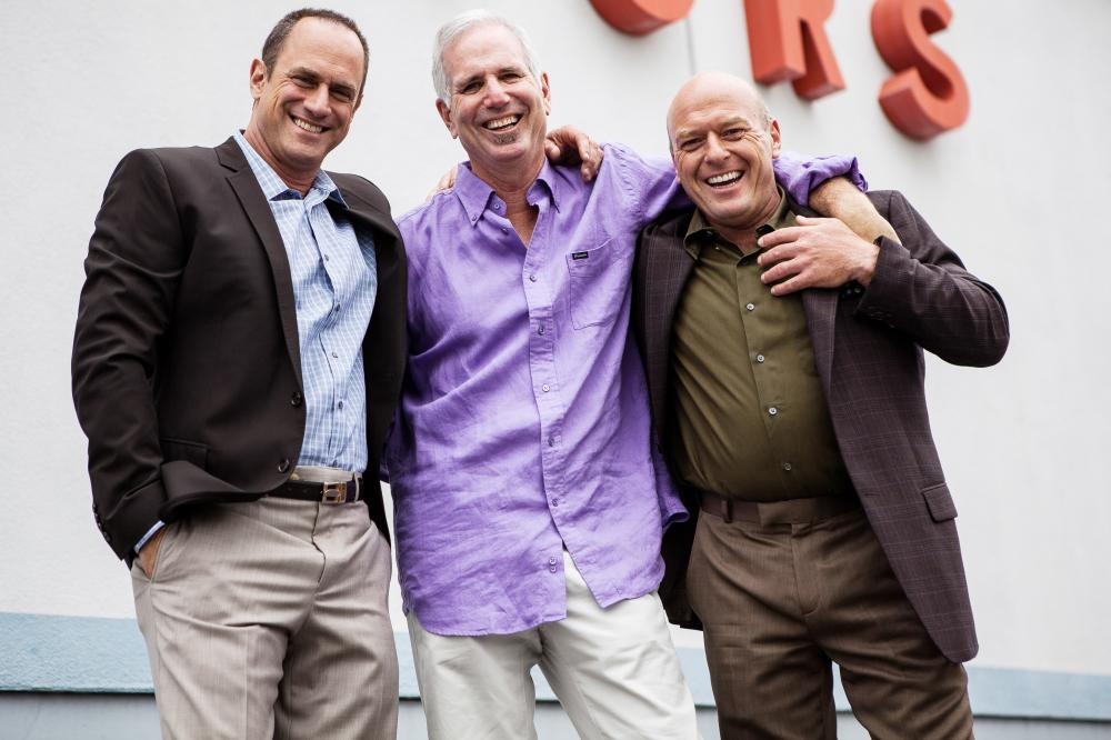 SMALL TIME, from left: Christopher Meloni, director Joel Surnow, Dean Norris, on set, 2014. ©Anchor Bay Entertainment