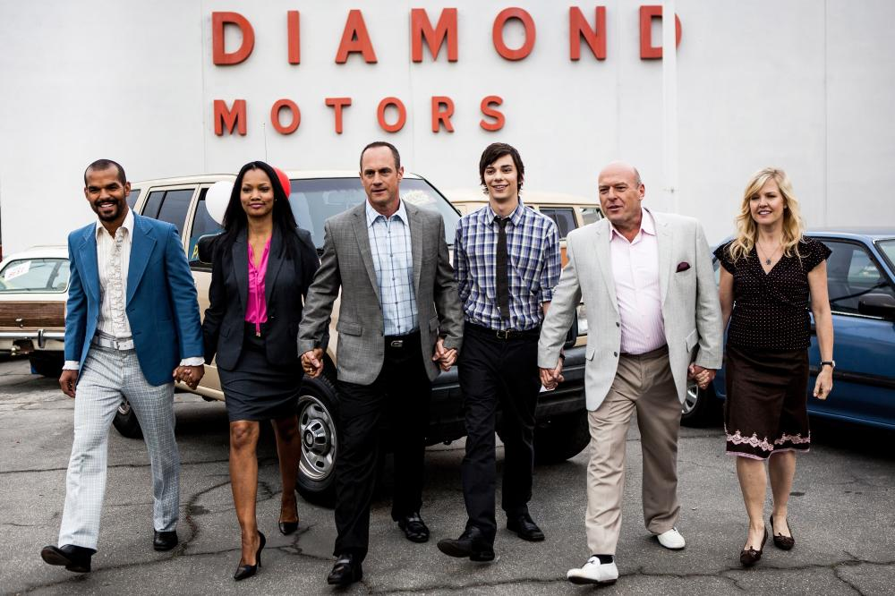 SMALL TIME, first five, from left: Amaury Nolasco, Garcelle Beauvais, Christopher Meloni, Devon Bostick, Dean Norris, 2014. ©Anchor Bay Entertainment