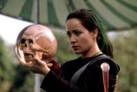 MYSTERY MEN, Janeane Garofalo, 1999, skull in a bowling ball
