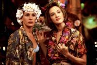 RUNAWAY BRIDE, Julia Roberts, Joan Cusack, 1999