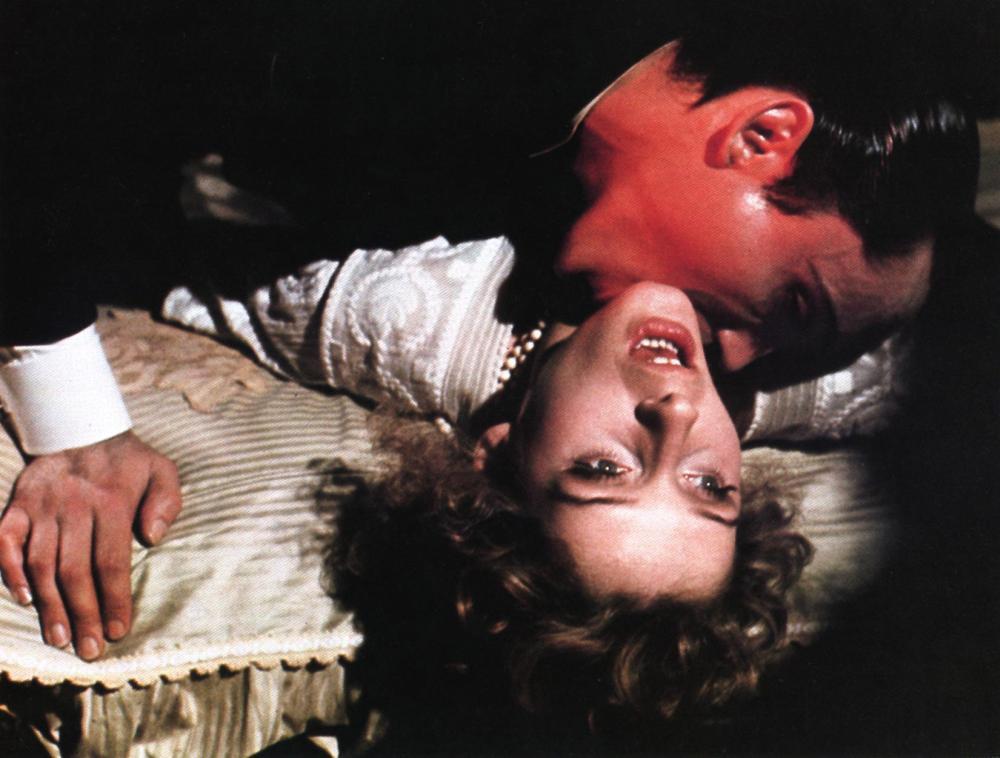 Amazoncom Andy Warhols Young Dracula Udo Kier Joe - 1000×758