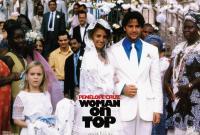 WOMAN ON TOP, arm in arm from left: Penelope Cruz, Murilo Benicio, 2000, TM & © 20th Century Fox Film Corp.
