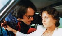 WITCH WAY LOVE, (aka UN AMOUR DE SORCIERE), from left: Gil Bellows, Vanessa Paradis, 1997, © UFD
